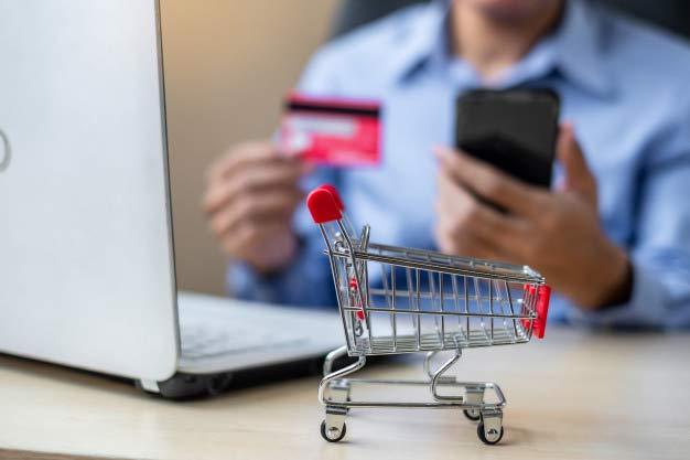 خرید و فروش در سی.آر.ام .
